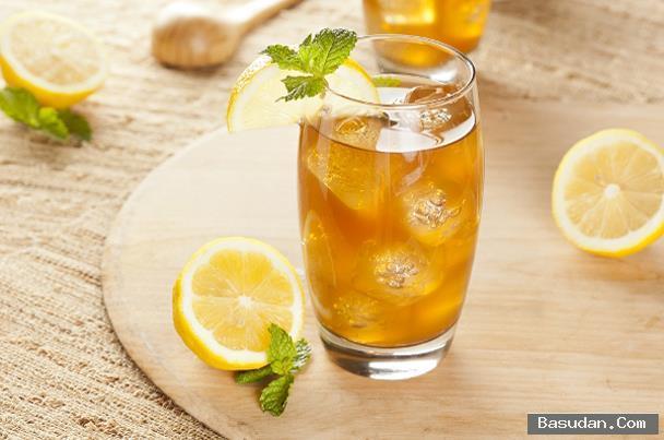 مشروب القهوة بالبرتقال تقديم مشروب