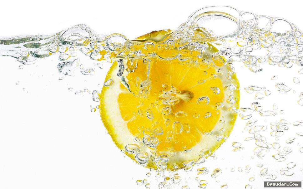مكونات ماسك الزبادي والليمون للبشرة