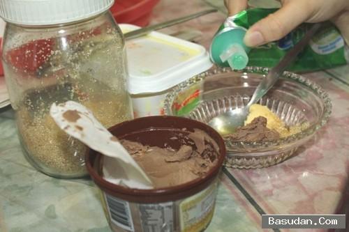 ماسك الشيكولاتة والعسل للبشرة قناع