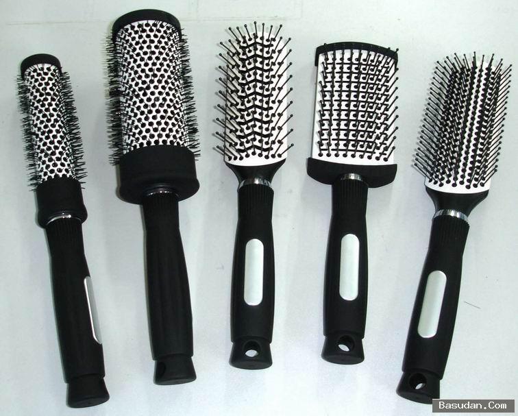 كيفية تنظيف فرشاة الشعر خطوات
