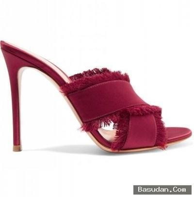مجموعة مميزة الأحذية نسائية عالي