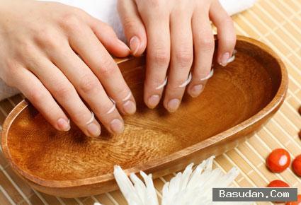 كيفية تجفيف طلاء الأظافر لتجفيف