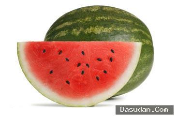 فوائد البطيخ للبشرة البطيخ لتنظيف
