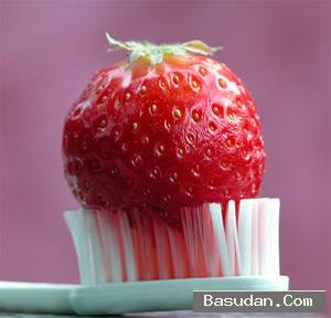 وصفة طبيعية لتبيض الأسنان خلطة