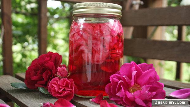 اكتشفي فوائد بتلات الورد الحفاظ