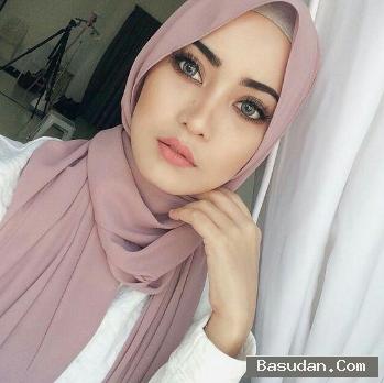 حجاب مميز لبشرة السمراء