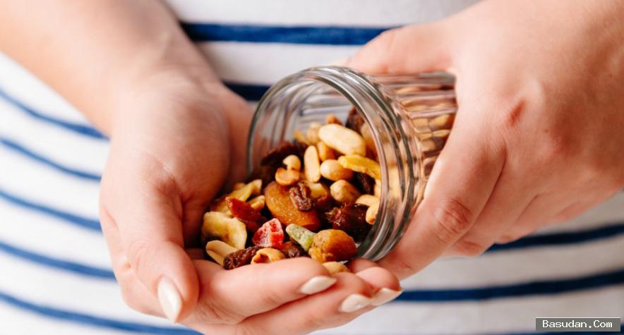 اهمية وفوائد الفواكهة الطبيعية والمجففة