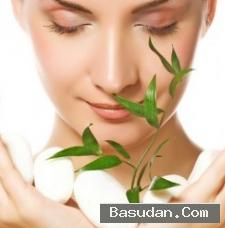 اجمل وصفات طبيعية تكسب بشرتك