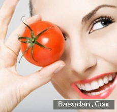 اجمل ماسكات الطماطم لتفتيح البشرة