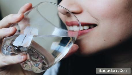 اجمل فوائد الماء الساخن