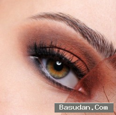 عيونك يكشف أمراضك الجلدية