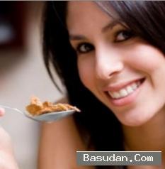 الأكل ببطء أقوى حمية للنساء