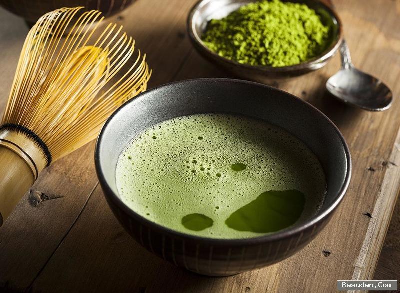 الشاي الأخضر لتهدئة البشرة