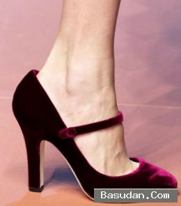 ألوان مميزة للحذاء الشمواه النسائي
