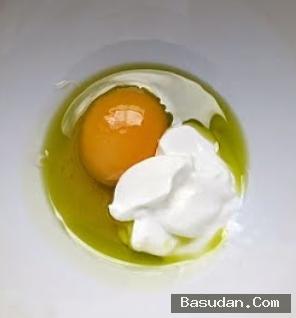 ماسك البيض والزبادي لتغذية الشعر