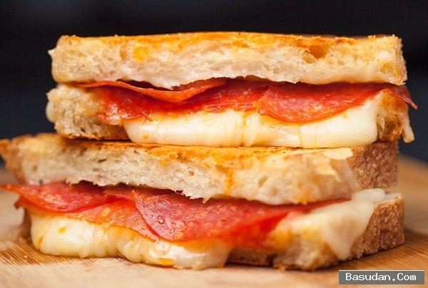 طريقة تحضير ساندوتش البيتزا